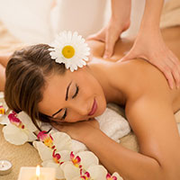 Centro Massaggi Milano e Trattamenti Viso Milano Loreto | BelCoral | immagine Massaggio Hawaiano Lomi Lomi